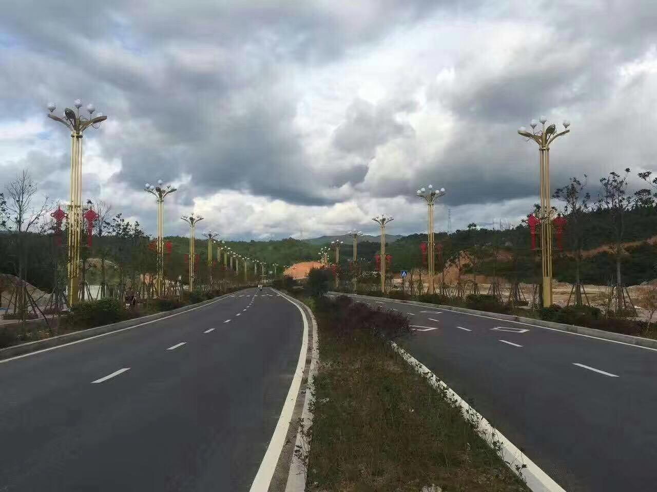 陝西亮化工程公司