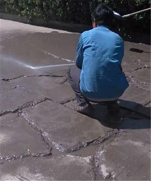 郑州固途路桥工程公司浅谈沥青路面早期破坏原因