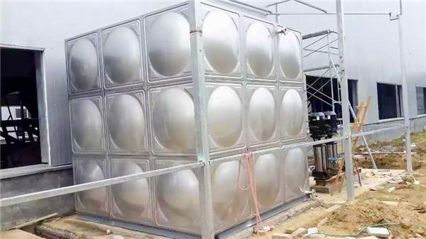 武汉不锈钢水箱厂家生产的生活水箱