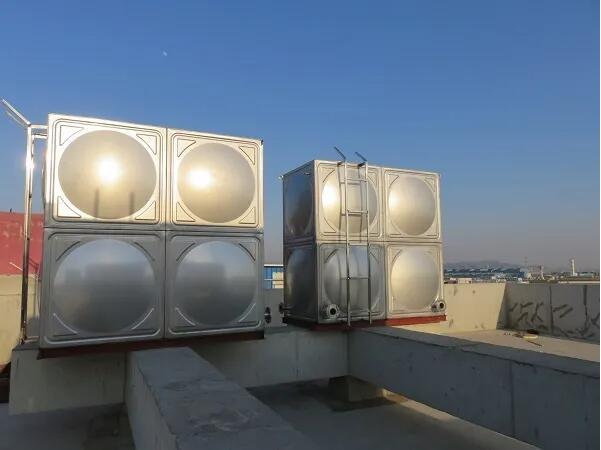 小编向你讲解武汉方形不锈钢水箱与圆形水箱都有哪些?