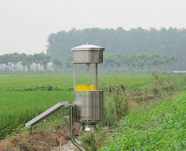 太陽能式噴氣流滅蟲器