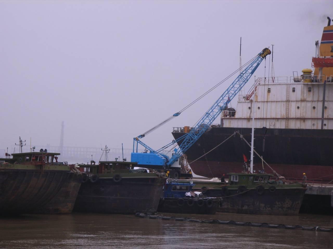 LQD30在泰州过船港码头