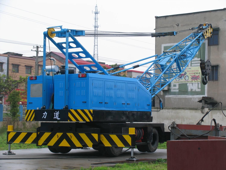 与辽宁营口港务集团合作,出租港口起重设备