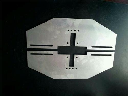 五联机电-激光切割