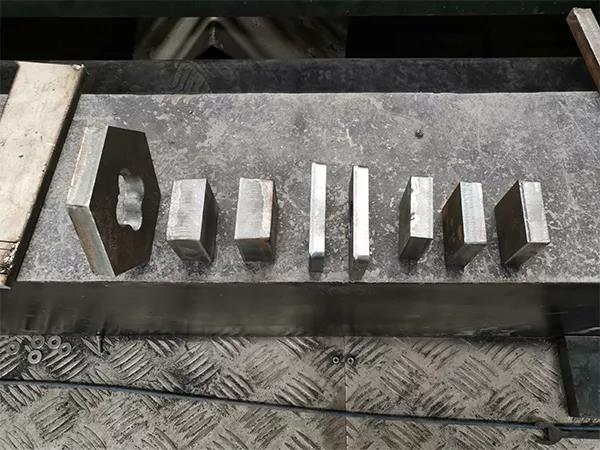不锈钢、碳钢 哪种金属比较适合用激光切割机?