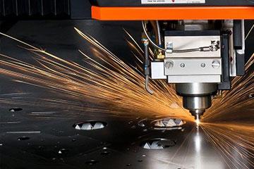 五联机电教你激光切割机的使用范围热能切割方法