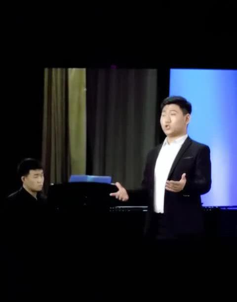 学生演唱会片段