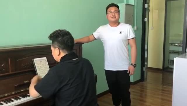 樊校长亲自给学生上课