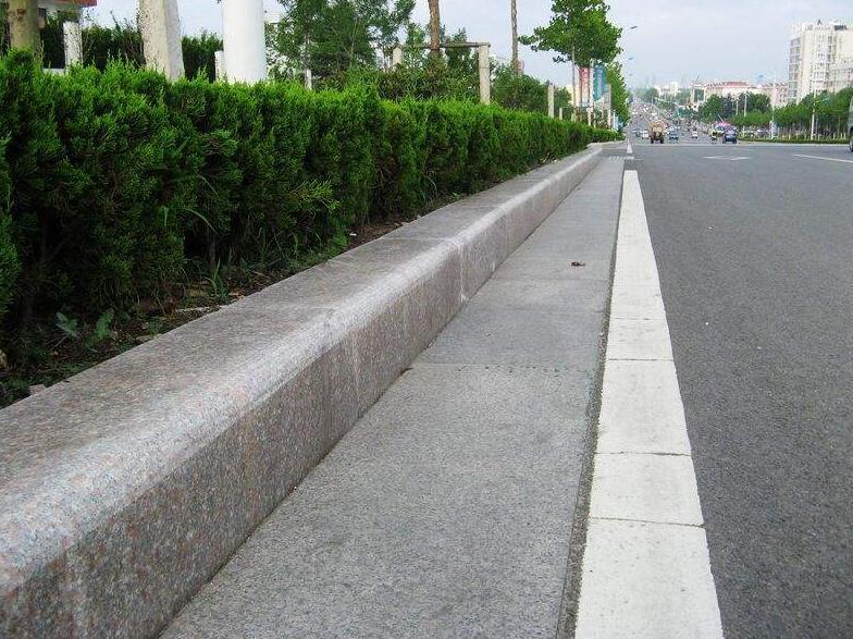 陕西路沿石施工路沿石厂家讲解路侧石和路沿石的区别?