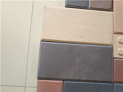 烧结砖,透水砖,水泥砖如何区分?那种用得.多?