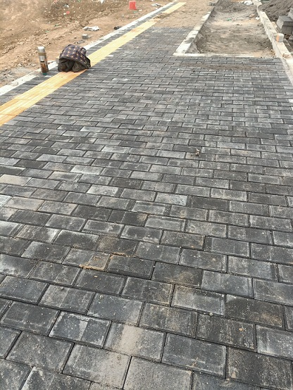 海绵城市生态透水砖施工