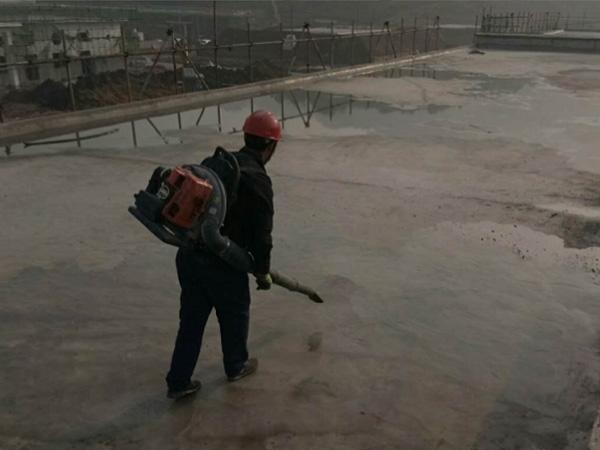 防水补漏基面清理