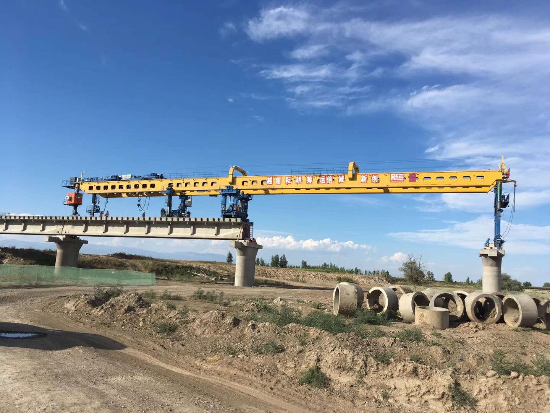 2018年克塔铁路制模后现场吊装