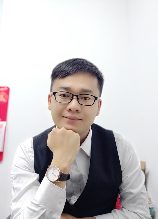 陈海波老师(运营部干事)