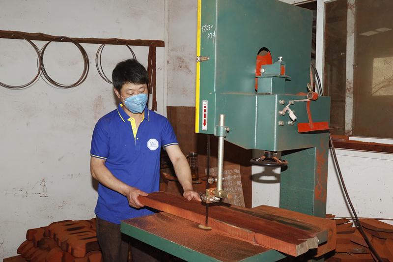 木灵生红木家具制作工艺
