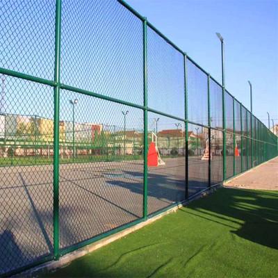 学校选购内蒙古网围栏及安装护栏网注意事项
