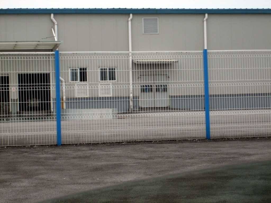 内蒙古路强五金网栏有限公司厂区环境