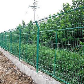 高速防护网栏--内蒙古防护栅栏