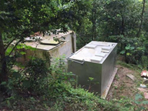 重庆迎龙湖污水处理项目一体化生活污水处理设备安装完工