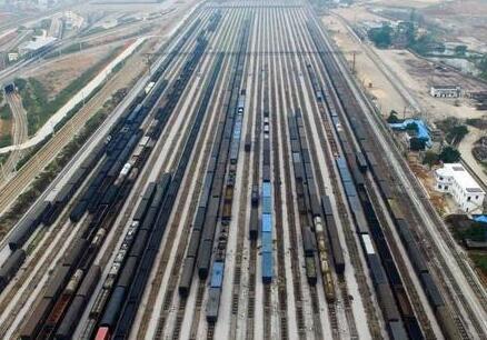 暑运大幕开启,新疆铁路预计发送旅客1018.3万人次