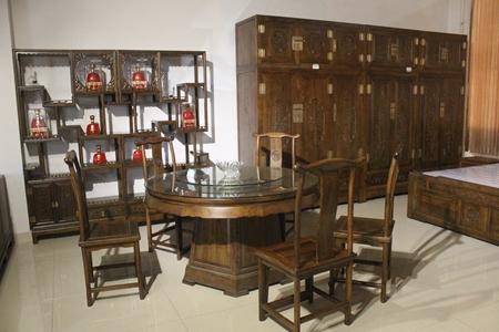 老榆木家具制造