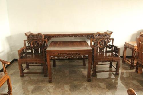 老榆木家具不单是一件家具,还有百年岁月!