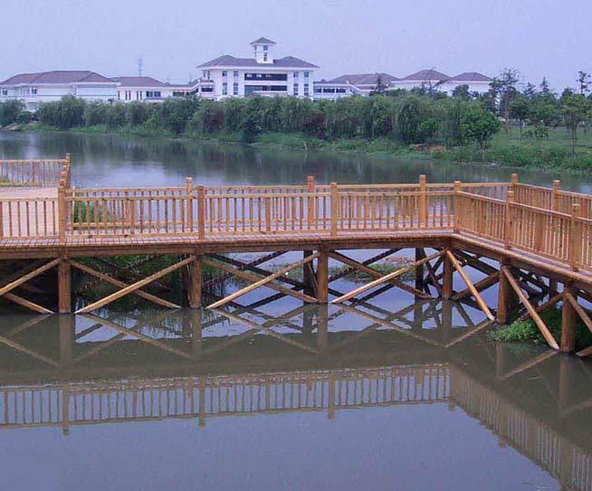 酒泉防腐木桥工程