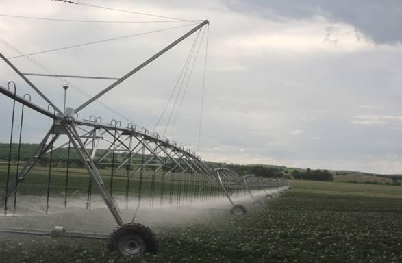 嘉利节水灌溉与林业局合作内蒙古喷灌设备