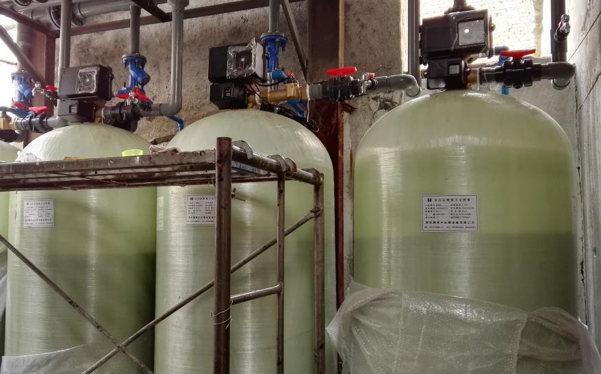 作为陕西水处理供应商,为蓝天使洗涤公司供应水处理设备