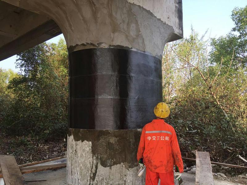 路桥桥墩碳纤维加固