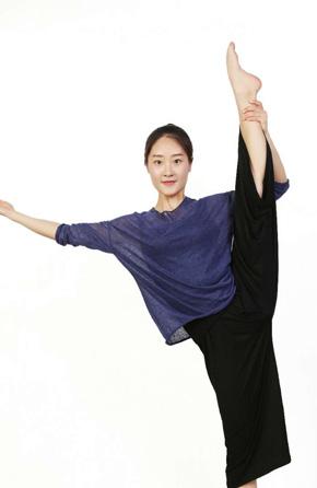 段雪倩(舞蹈老师)