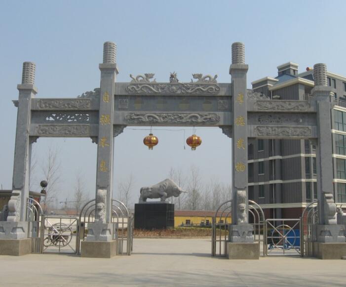 襄阳高新区某公司石材牌坊大门