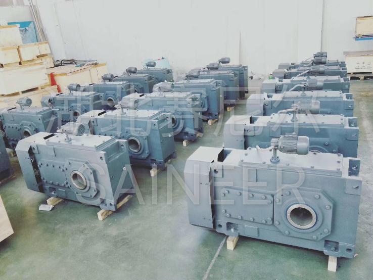 湖北鹹寧立式小齒輪減速機維修過程
