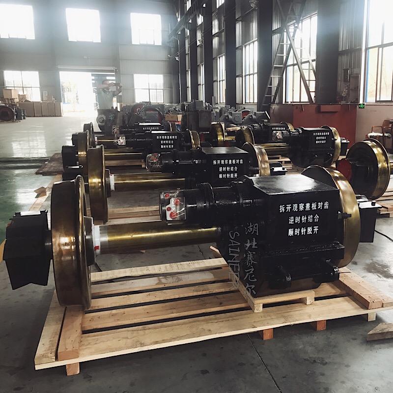 40吨中速标轨机车车轴齿轮箱