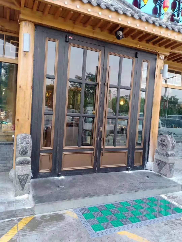 多功能鋁藝格子門窗實裝
