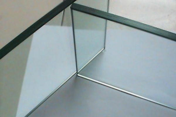 钢化玻璃材料