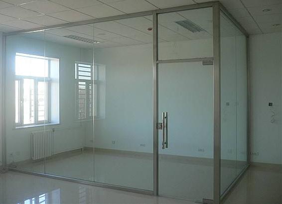 钢化玻璃隔断效果