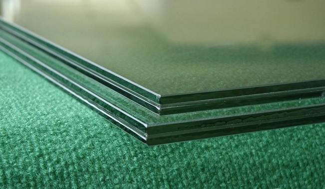 南阳钢化玻璃厂家 破碎不掉渣 安全可靠