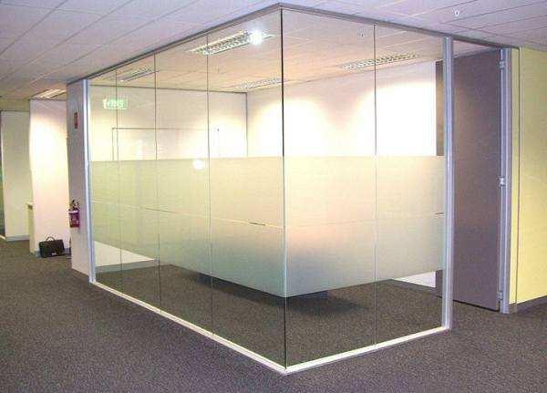 玻璃隔断分为单层和双层,有什么不同吗?