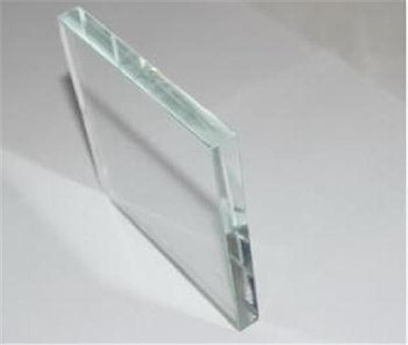 南阳玻璃:玻璃应该怎么擦比较干净?