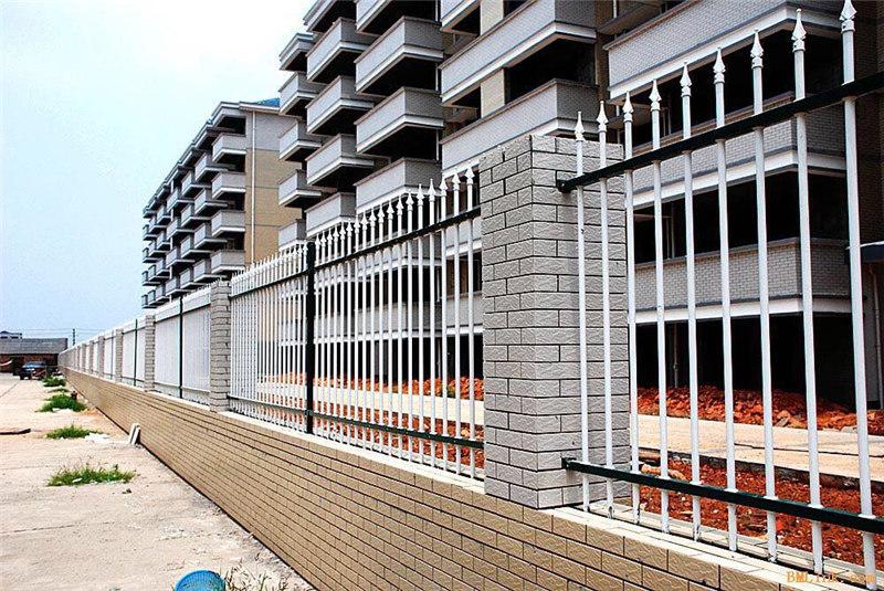 荆州锌钢围栏_定制小区庭院隔离围栏