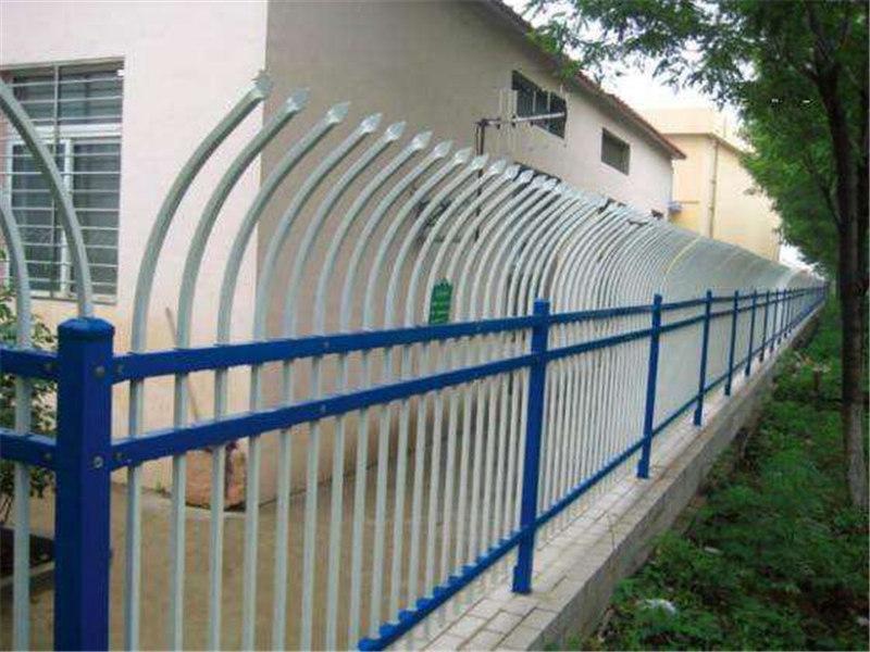 围栏安装厂家
