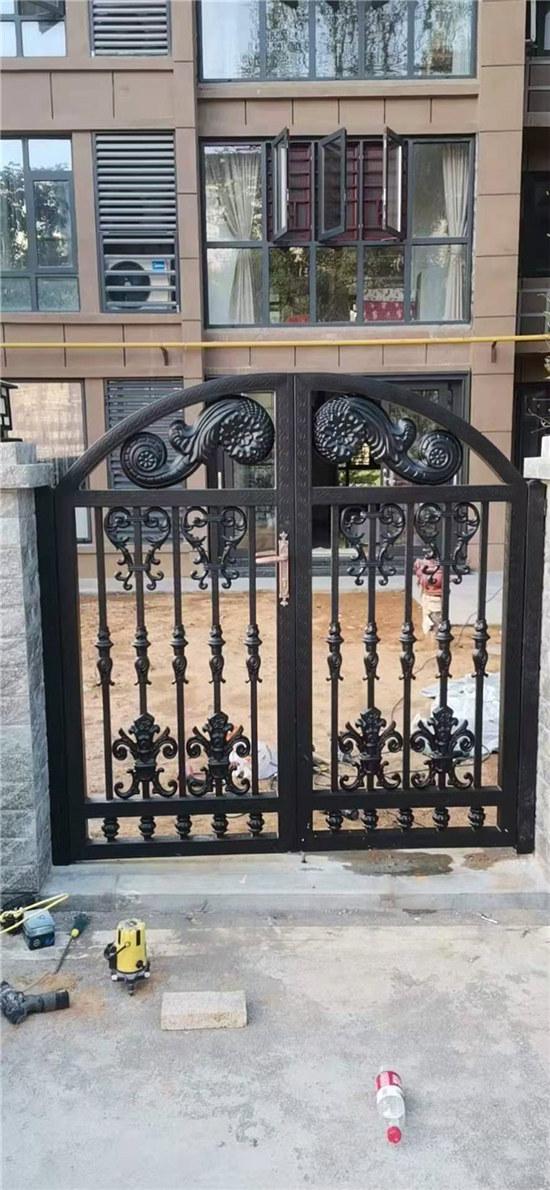 庭院门安装施工完成