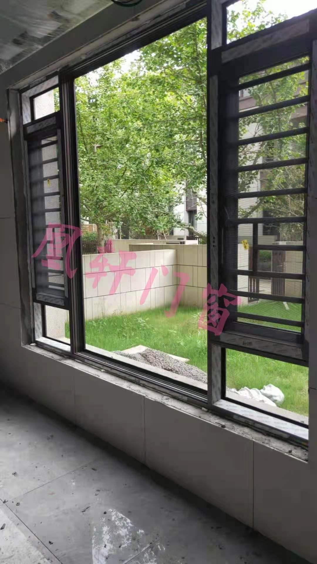 凰轩门窗为烟屿巷某别墅安装窗户