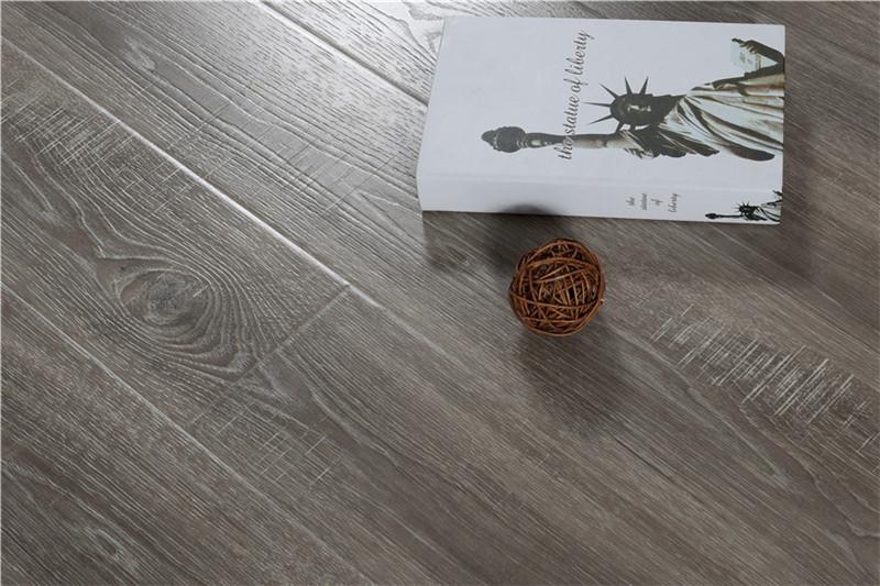 祥泰装饰根据家装设计要求,给您私人定制地板