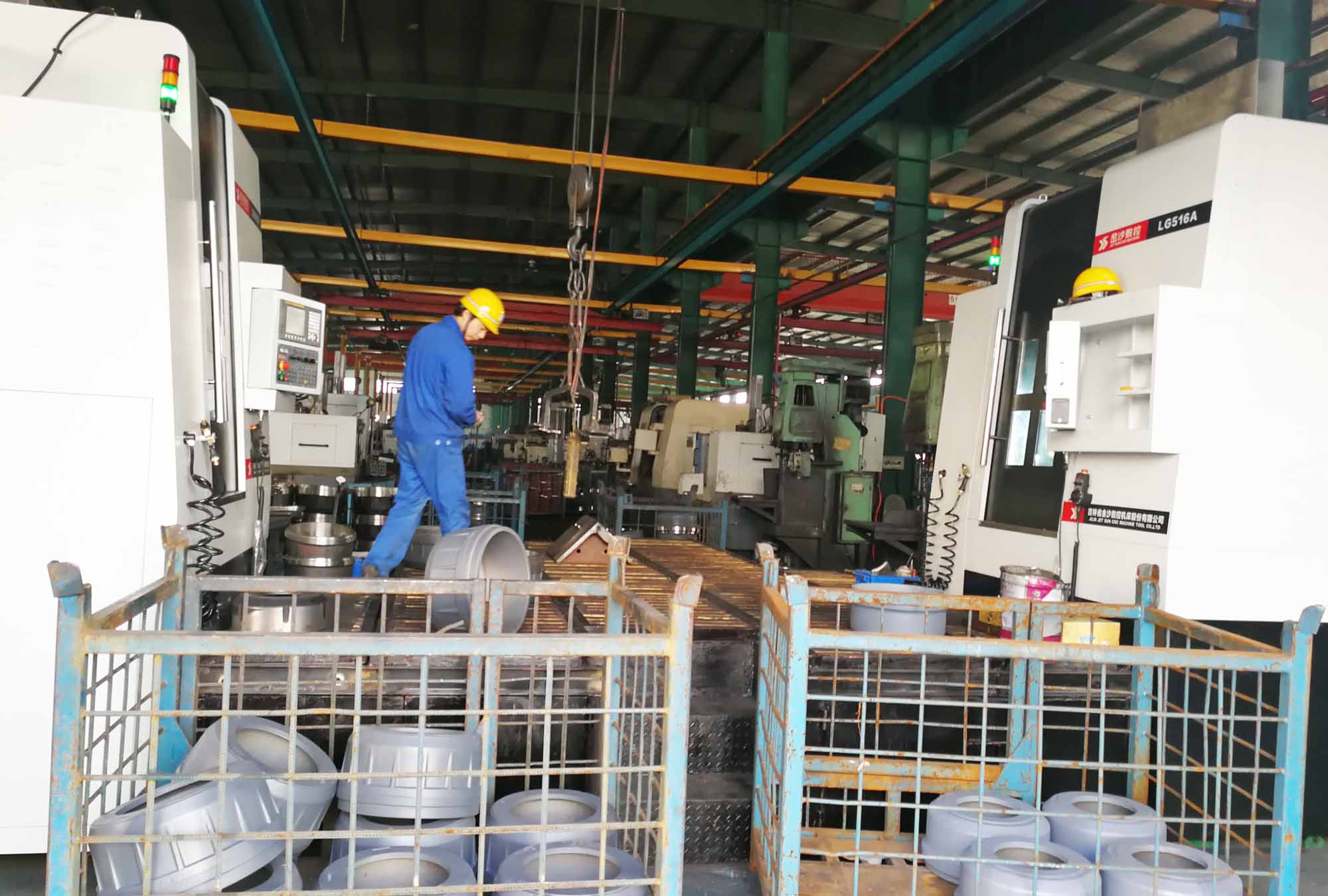 宜昌铸造公司制动毂轮毂加工现场