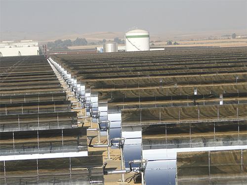 作为新能源的新疆槽式太阳能集热系统还能够运用于工业蒸汽