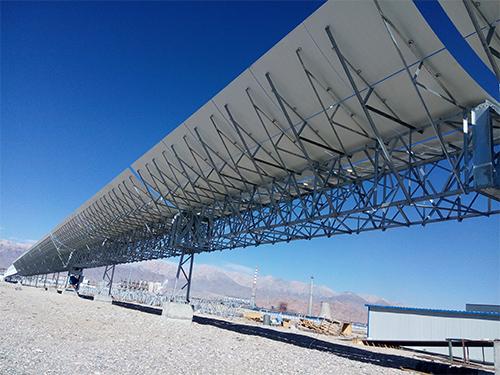 槽式太阳能集热器的工作原理