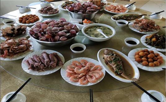 跟我一起品尝哈仙岛美食吧