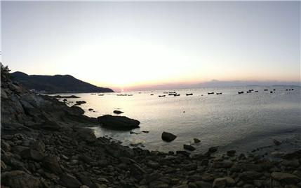 哈仙岛风光,为了宁静纯蓝的一片海